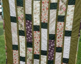 "Beautiful Floral Strip Quilt 54""x65"""