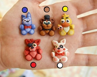 Five nights at freddy's necklace. Freddy Bonnie Chica Foxy or Mangle.