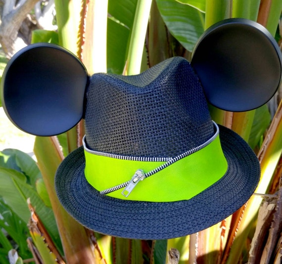 KIDS-Kids Disney Hat. Mickey Ears. Childrens Mickey Mouse Hat. Original Disneyland Hat. Mickey Mouse Ears. Custom Disney Hat.