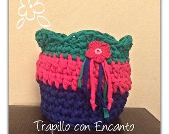 Trapillo detail flower baskets
