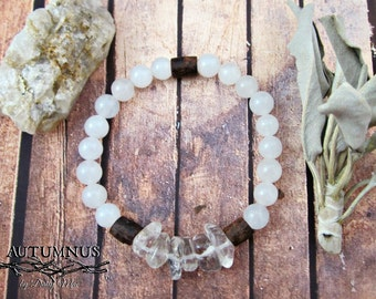 Borvo  |  White Quartz Beads and Clear Quartz Large Nuggets Bracelet  |  AUTUMNUS