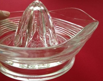 """Glass Juicer """"Reamer"""" Large  with Spout and Handle Housewares"""
