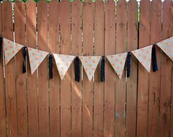 BURLAP Orange Dot Pendant Banner, Pendant Garland, Black Dot Fabric, Home Decor, Photo Prop, Holiday Decoration, Hallween Decor, Fall Decor