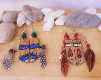 Earrings recycled wood with natural feather