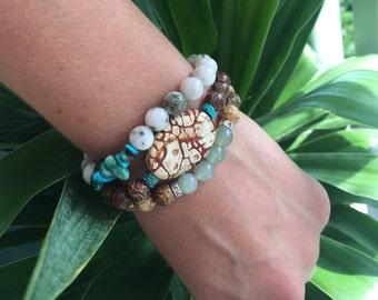 Tibetan Mystical Eye Dzi Agate, Leopard Agate and Turquoise Stacking Bracelet / Earthy Boho Chic Stretch Bracelet / Chunky Yoga Bracelet