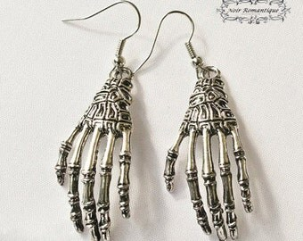 Silver skeleton hands earrings-silver earrings-earrings-gothic earrings-gothic jewelry-alternative fashion-gothic jewelry-skeleton hands