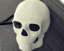 Blank Undecorated White mens Halloween masquerade skull mask