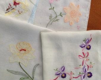 Vintage Embroidery Handkerchiefs Set of 4, Delicate, Hankies, Yellow, Pink, Purple, Sew, Craft