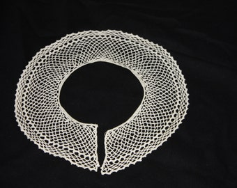 Crocheted delicate lace collar