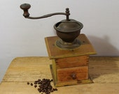 Vintage coffee grinder. Coffee mill. Antique coffee grinder. Zassenhaus. Country kitchen decor.