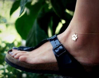 Large Paw Print Anklet / Cat Paw Charm Anklet / Dog Paw Charm Anklet / Silver, Gold Plated or Rose Plated.