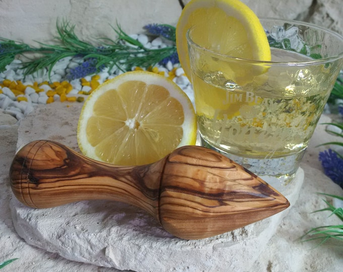Zitronenpresse aus Olivenholz massiv Handarbeit Unikat rustikal Holz