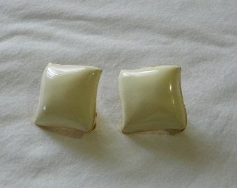 White vintage enamel clip on earrings