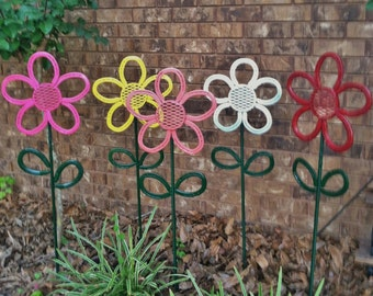 Horseshoe Flower Garden/Yard Art