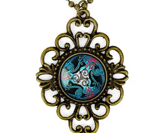 Antique Bronze Traditional Celtic Knot Raven Stained Glass Design & Filigree Pendant Necklace 324-BFN