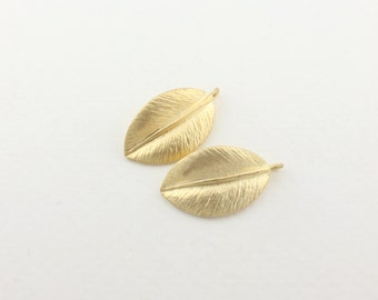 P0073/Anti-Tarnished  Matt Gold Plating over Brass/Leaf Charm pendant/10 x 18mm/4pcs