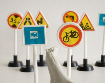 80s retro toy road signs