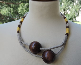 Handmade linen necklace