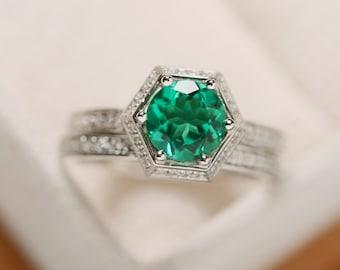 Green emerald ring, engagement ring, gemstoen emerald, May birthstone ring, prong setting, anniversary ring, promise ring
