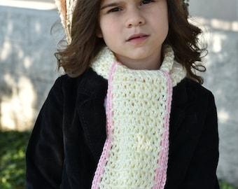 Elegant Scarf for your little girl!