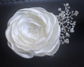 Bridal Comb / Flower bridal hair comb / Wedding hair accessories / Bridal Headpieces / Hair flower