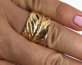 feather ring,gold plated ring,feather jewelry,boho ring,Gold plated feather ring,tribal ring,gypsy ring,women ring,statement ring
