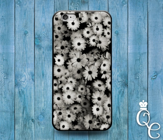 iPhone 4 4s 5 5s 5c SE 6 6s 7 plus iPod Touch 4th 5th 6th Gen Black White Daisy Flower Collage Cover Super Cute Cool Classy Phone Case