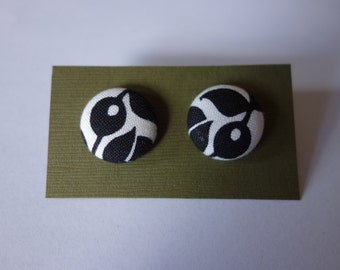 Handmade black and white nature print fabric button earrings. hypo-allergenic nickel-free silver studs