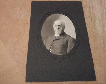 Vintage Older Gentleman 1900's P02