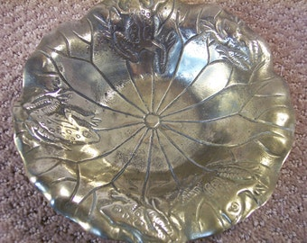 Brass Lily Pad with 5 frogs around rim of dish