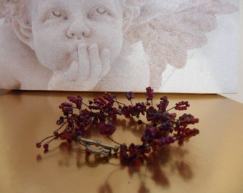 Glass chips in deep red and black wire Twig bracelet with heart toggle clasp