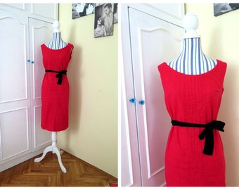Red VIntage dress from the late 50s 60s made of 100% linen