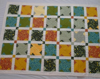 Lap Quilt with Twin Sisters block