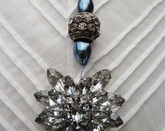 1940's Vintage Rhinestone Brooch Assemblage Necklace - NRU139