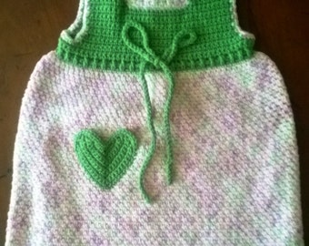 Crochet heart pocket dress for infant