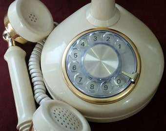 Vintage Western Electric Dial Phone