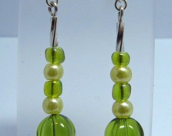 Green bead and faux pearl earrings
