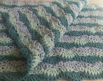 Wavy Lap Blanket