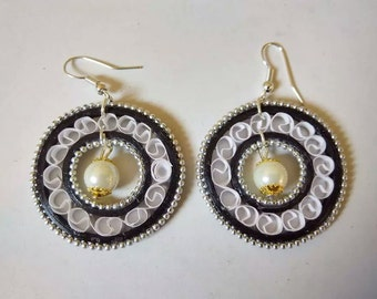 Rounded Paper Quilling Earrings Black and White- paper quilled earrings, paper quilling jewelry, paper jewelry, paper earrings,