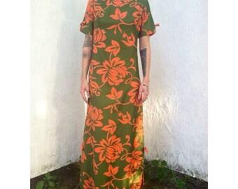 1950s Hawaiian Style Maxi Dress!