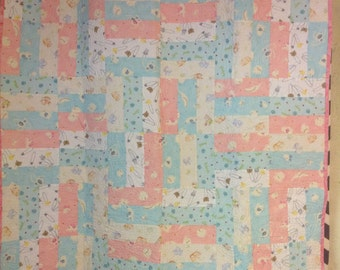 Baby Quilt. Pink, Blue and White
