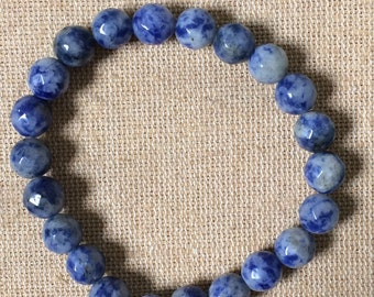 Blue earth beaded bracelet