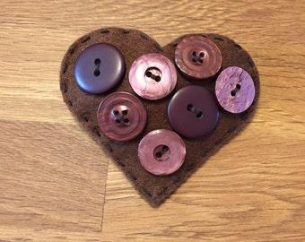 Chocolate brown heart brooch