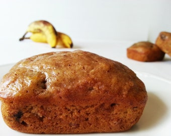 Banana raisin bread - Banana raisin sweet loaf - various sizes