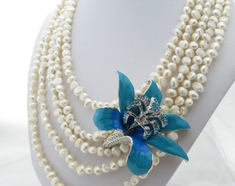 Necklace White Pearl Blue Lily