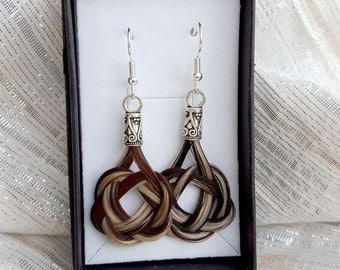 Horsehair earrings with celtic knots