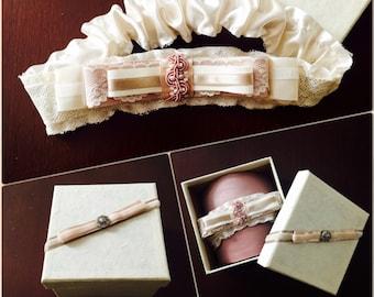Beautiful vintage garter
