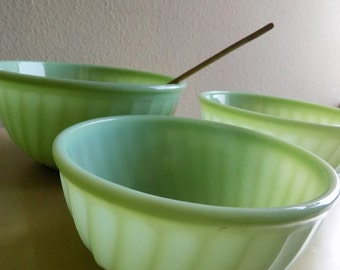 """Fire King Jade-ite """"Swirl"""" mixing bowls set (quantity: 3). 9"""", 8"""", and 7"""""""