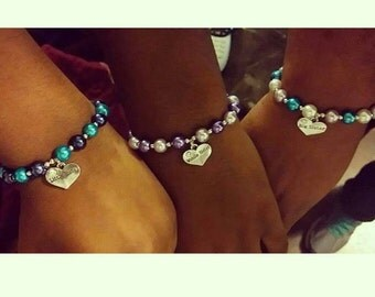 Sister Charm Bracelet. ONE. YOU CHOOSE the colors Sister gift for big sister middle sister or little sister Gift for new baby and big sister