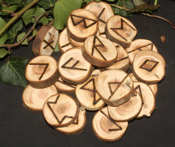 Large English Yew Wood Elder Futhark Rune set with Bag and information sheet - Norse, Divination, Pagan, Wicca, Pyrography